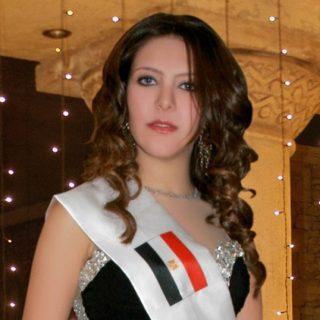 الوصيفه الاولي من مصر شيماء منصور