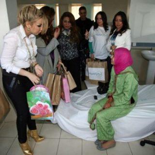 نادين وحنان وصفاء وزيارة المرضي مع جمعية عياش الطفوله