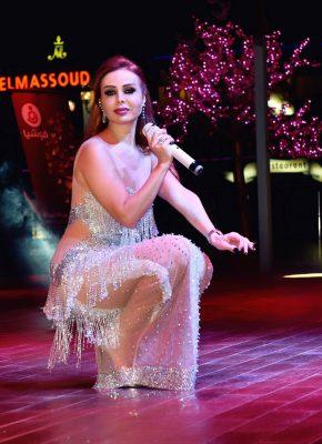 رولا سعد تحيي حفل ملكات جمال العرب