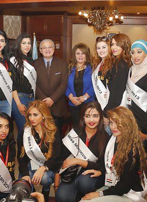 معالي وزير السياحه ود حنان نصر وفتياة العالم العربي2013