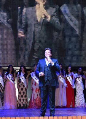 وليد توفيق بقرية هوليود شرم الشيخ يحيي حفل ملكات جمال العرب 2016
